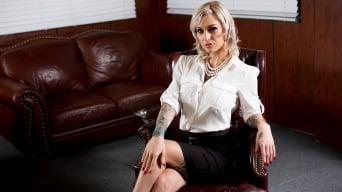 Kleio Valentien in 'Dirty Minds'